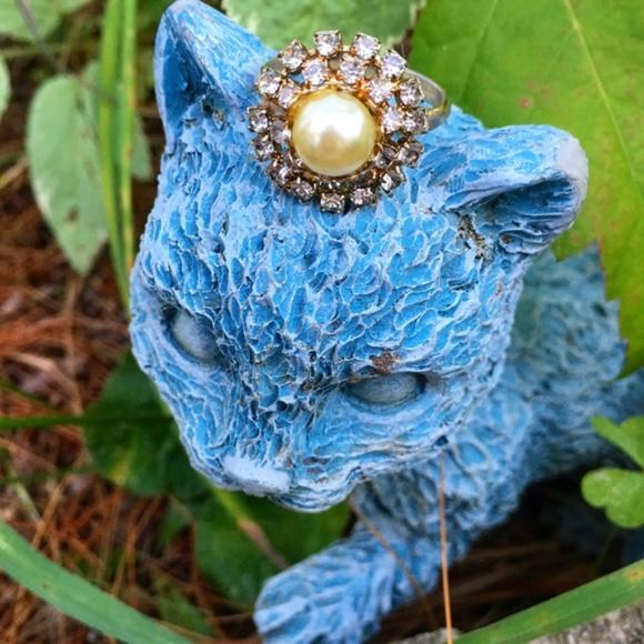 Vintage Jewelry - Vintage Faux Pearl & Rhinestone Adjustable Ring
